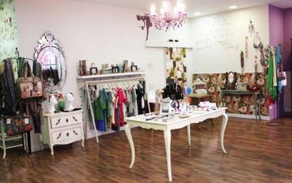 Ecopinturas fernandez c mo decorar tu negocio for Decoracion de negocios de ropa