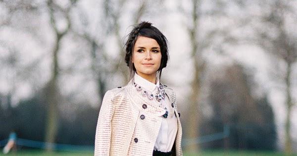 Vanessa Jackman: London Fashion Week AW 2013.Miroslava