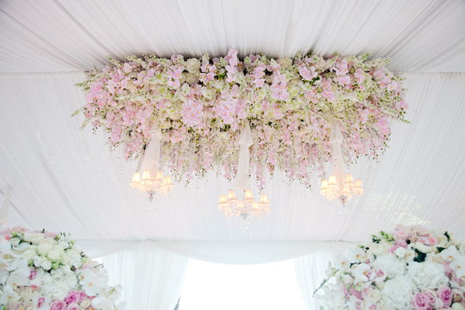 Hanging wedding decorations part 3 belle the magazine for Floral wedding decorations ideas
