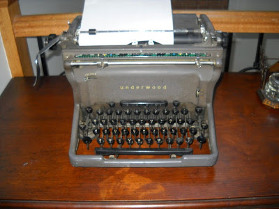 underwood typewriter, antique typewriter