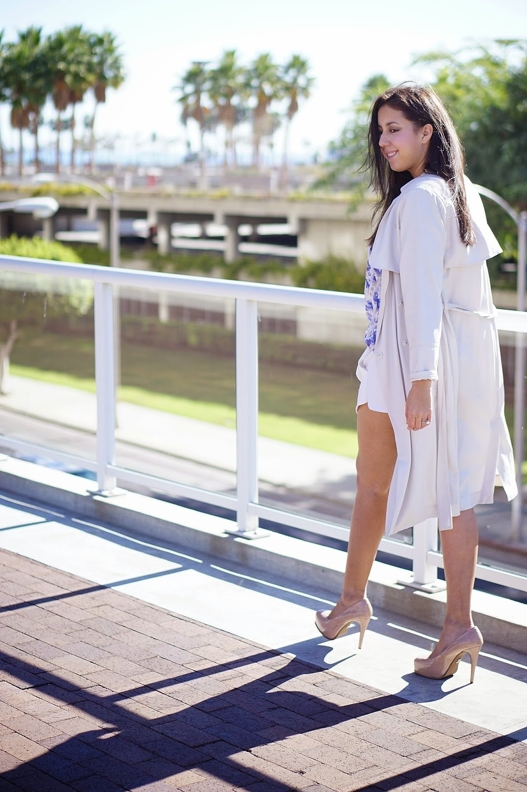 H&M trench coat, Flowy Trench coat, How to wear a Trench Coat, LC Lauren Conrad, Lauren Conrad Print Chiffon top, Nude Pumps, Simply Vera nude heels, White Skort, Forever 21 White Skort,