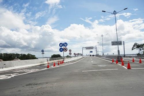 Jalan Tol Bali Indonesia