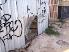 Casarão fechado da antiga Chaves Outdoor preocupa vizinhança