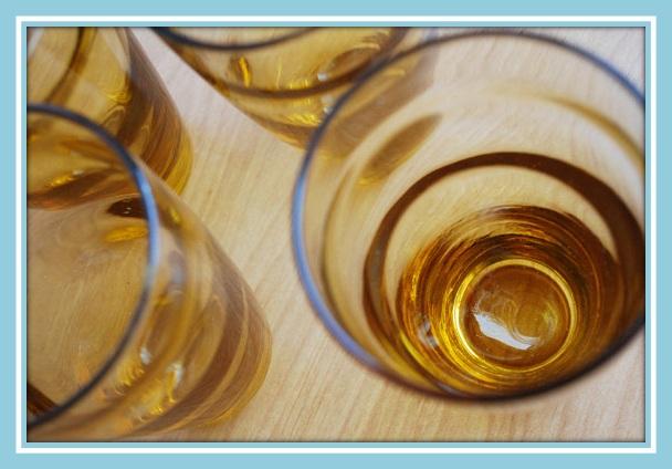 amber ripple swirl drinking glass