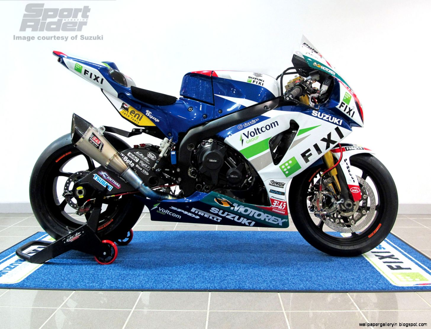 Superbike Fixi Crescent Suzuki HD 2510 Wallpaper