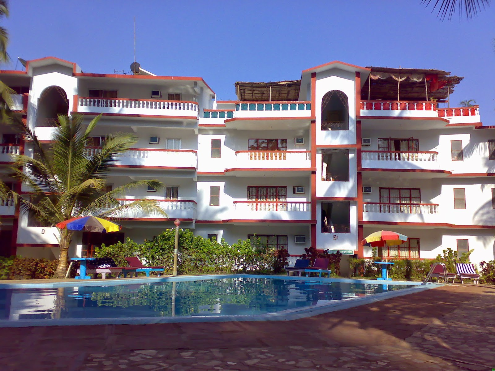 Goa holiday guide luxury and budget hotels for goa tours for Luxury hotel guide