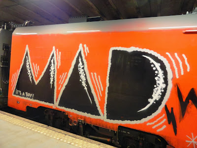 whole car train graffiti