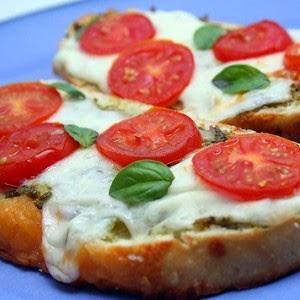 Бутерброды с помидором простые и вкусные рецепты фото