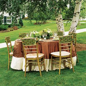 Vendulavirág Esküvőszervezés és dekoráció: kerti partira ...