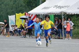 全国少年少女草サッカー大会 一コマ!