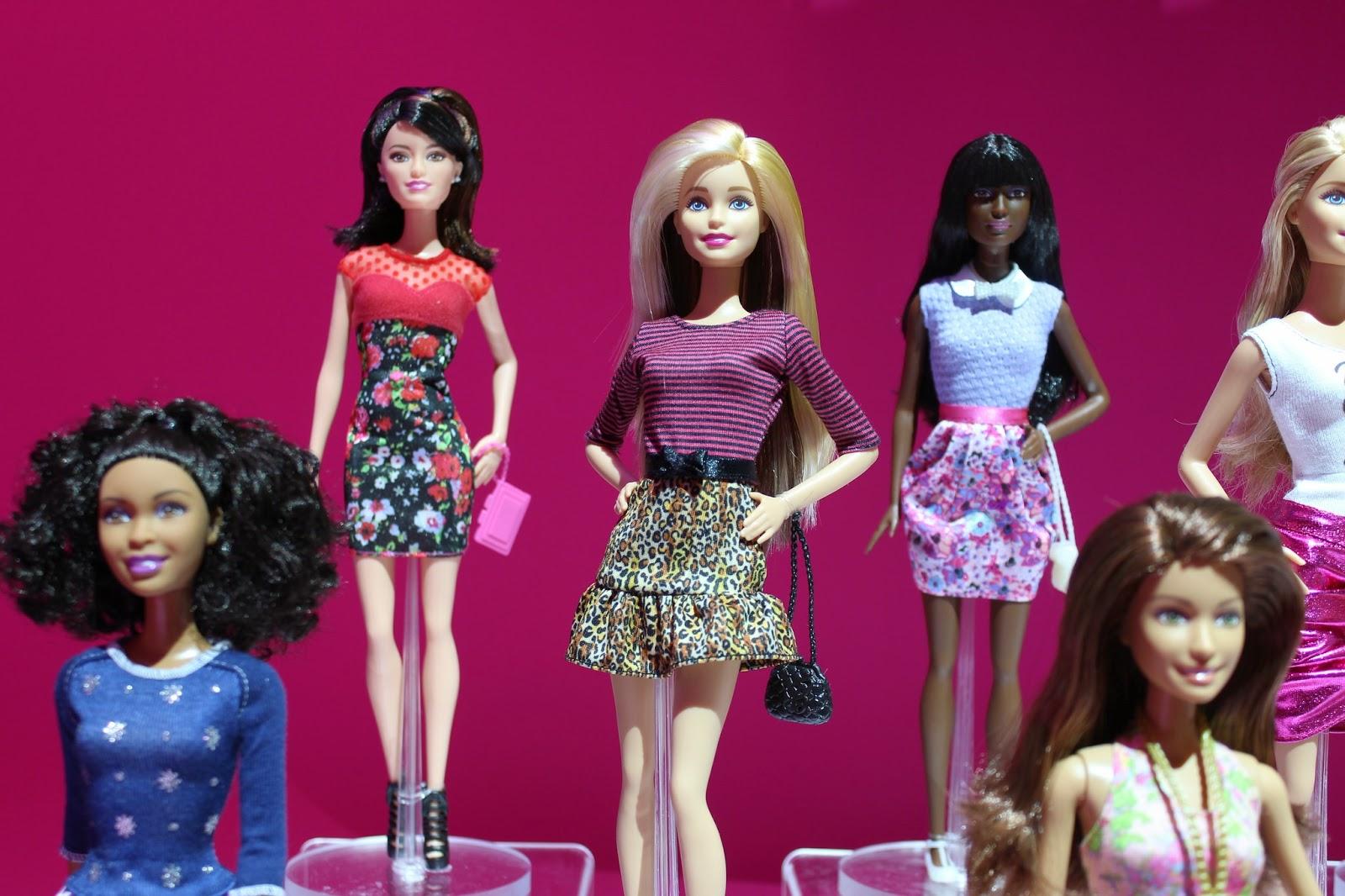 Barbie Fashionistas 2015 Rosa Coleo Barbie Fashionistas