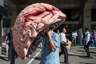 هاتف عمومي دماغ