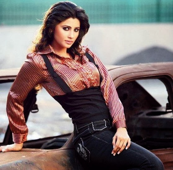 Daisy Shah Biography: Jai Ho Actress