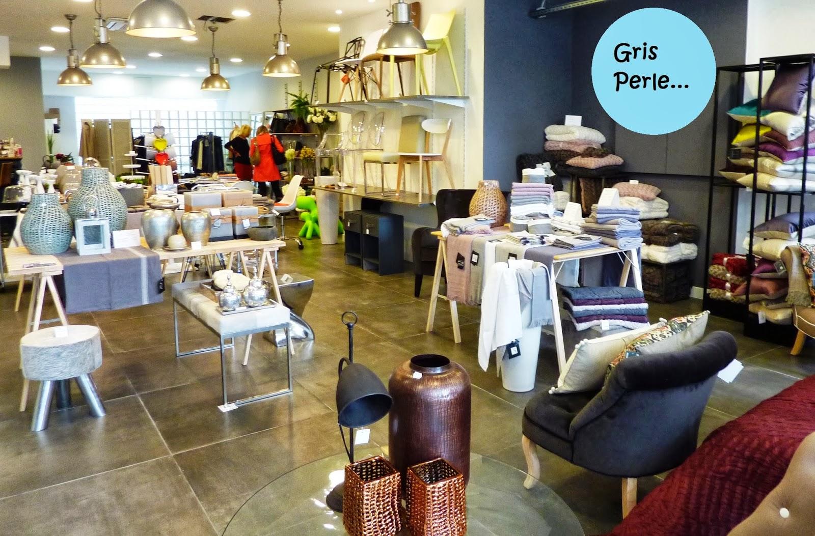 gris perle nouveau concept store marseillais initiales gg. Black Bedroom Furniture Sets. Home Design Ideas