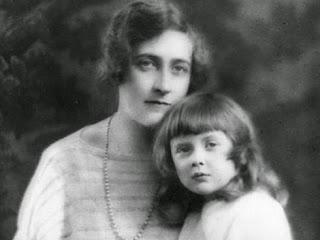 Agatha Christie z córką Rosalind