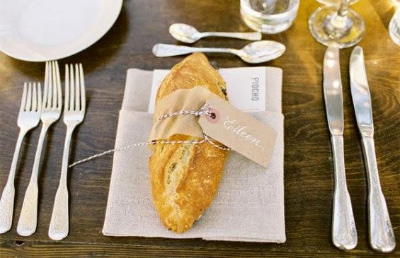 http://emmalinebride.com/d-i-y/diy-bread-loaf-place-cards/