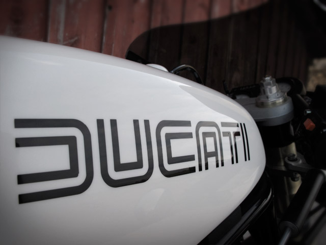 Cafe Racer Ducati 900 SS