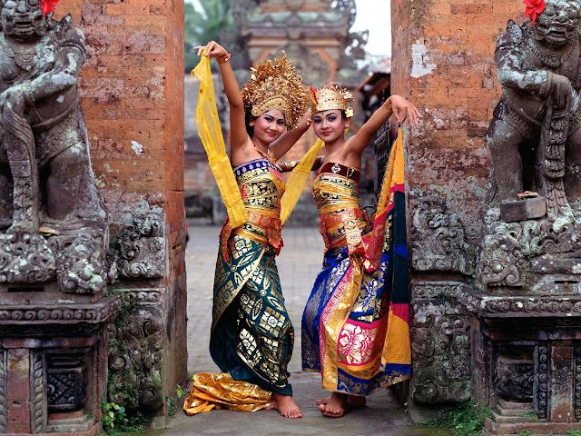 Las Bailarinas de Bali, Indonesia