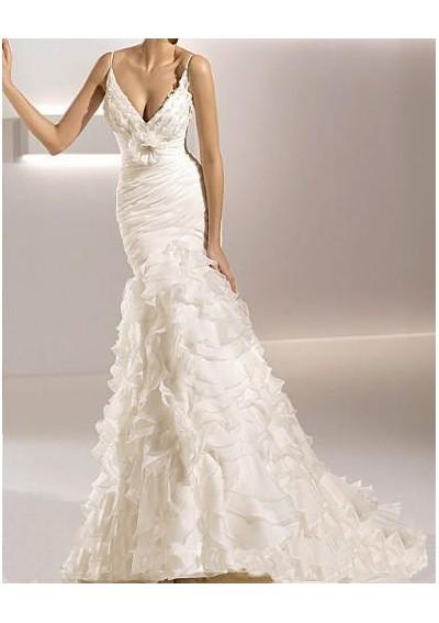 Cheap wedding dresses uk wedding dress fabric choice for Cloth for wedding dresses