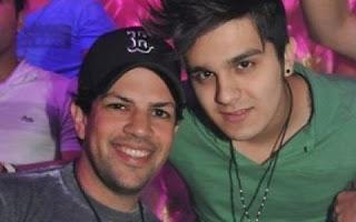 """Um vídeo publicado na internet, Luan Santana é colocado na parede: . """"Você é gay? Boiola?"""", pergunta o repórter. """"Não, não sou"""", responde o cantor, """"Me falaram que você tinha um caso com Sorocaba"""", insiste o repórter, relembrando os boatos de que Luan estaria namorando o cantor da dupla sertaneja com Fernando."""
