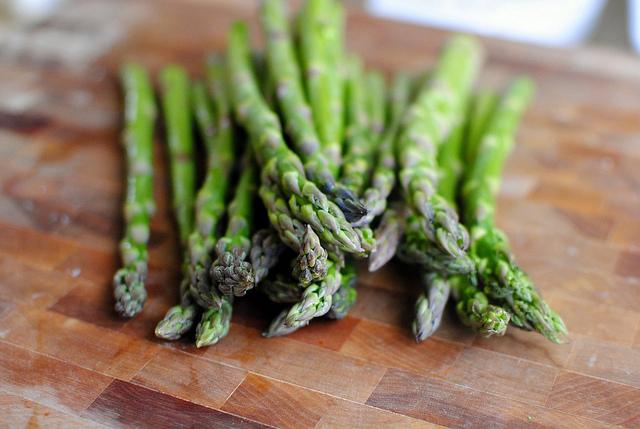 "... » Baked Parmesan Asparagus & ""Fries"" with Lemon-Garlic Aioli"