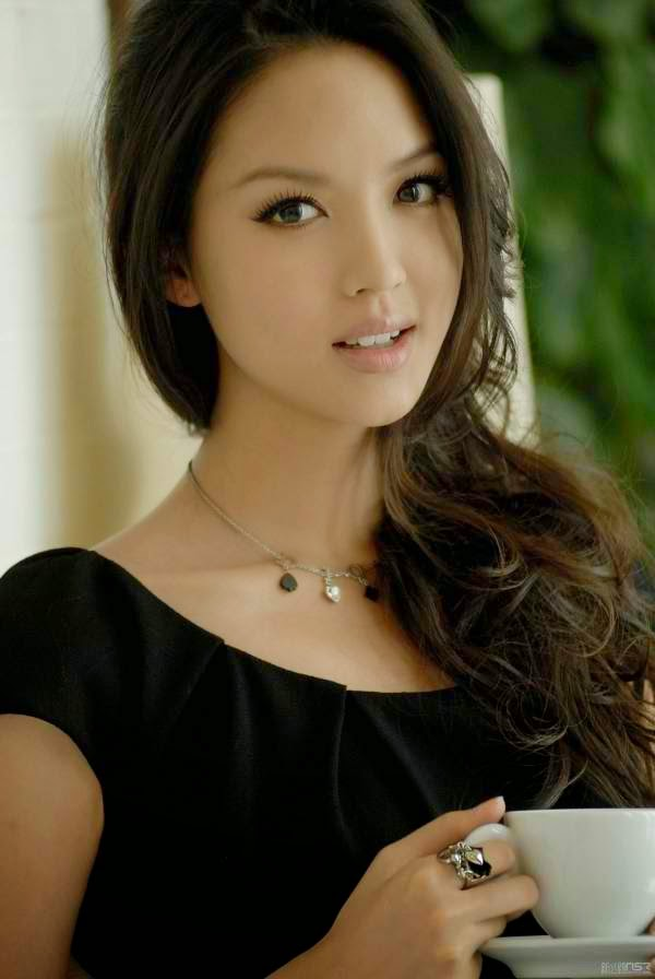 Zhang Zilin hot photo # : 01