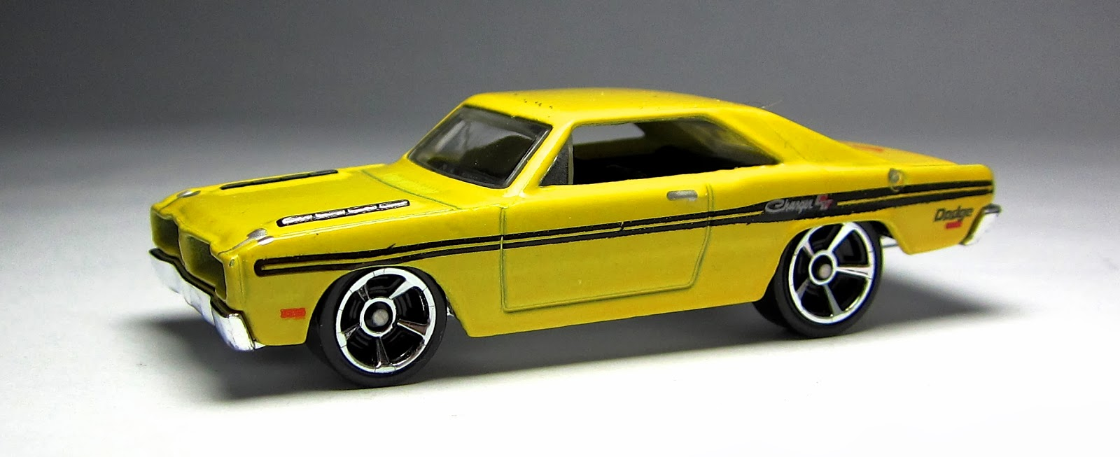 Lamley Group: First Look: 2014 Hot Wheels Brazilian Dodge Charger