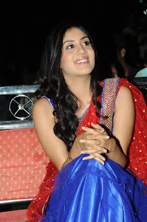 Dhanya Balakrishna in Spicy saree Stunning Smiling Beauty Must see Pics