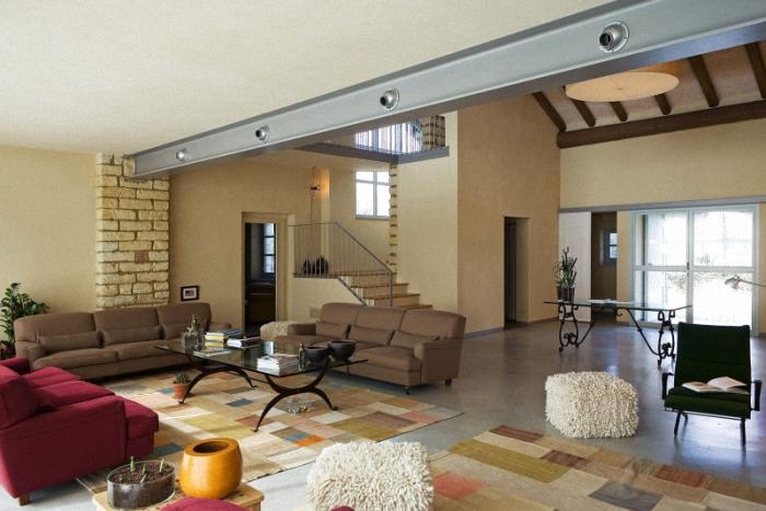 decoracion de interiores de casas estilo rustico:de Interiores & Arquitectura: Casa de Campo con un Estilo Rustico