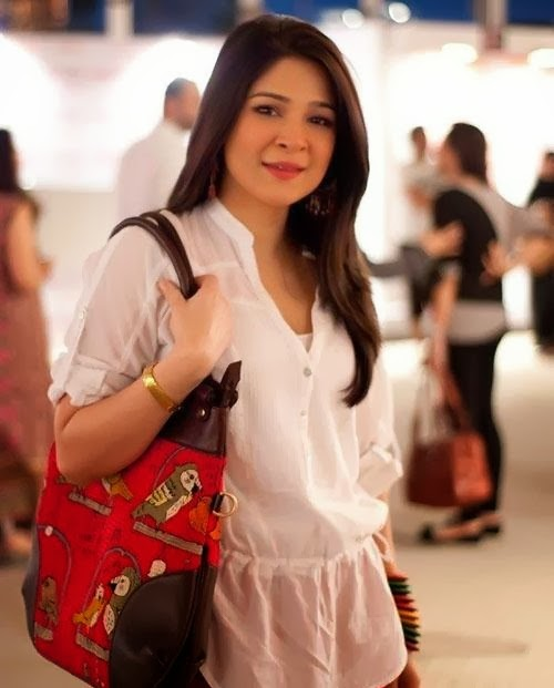 Ayesha Omar Wallpaper: Ayesha Omar Free HD Wallpapers