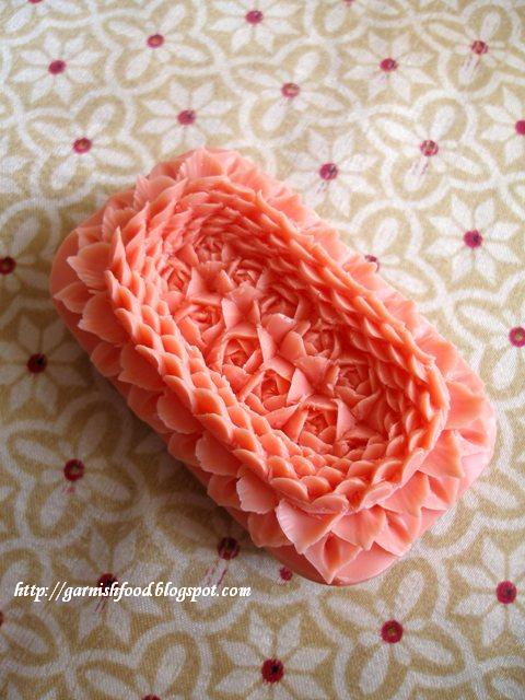 combine U-knife from the soap carving set and thai knife to carve the soap design
