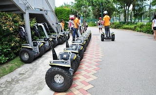 Holiday Fans travel the World RTW -family activities Budget Travel Segway Eco adventure Singapore