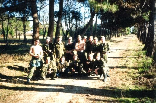 Солдаты на отдыхе. Поход за хурмой и елкой.
