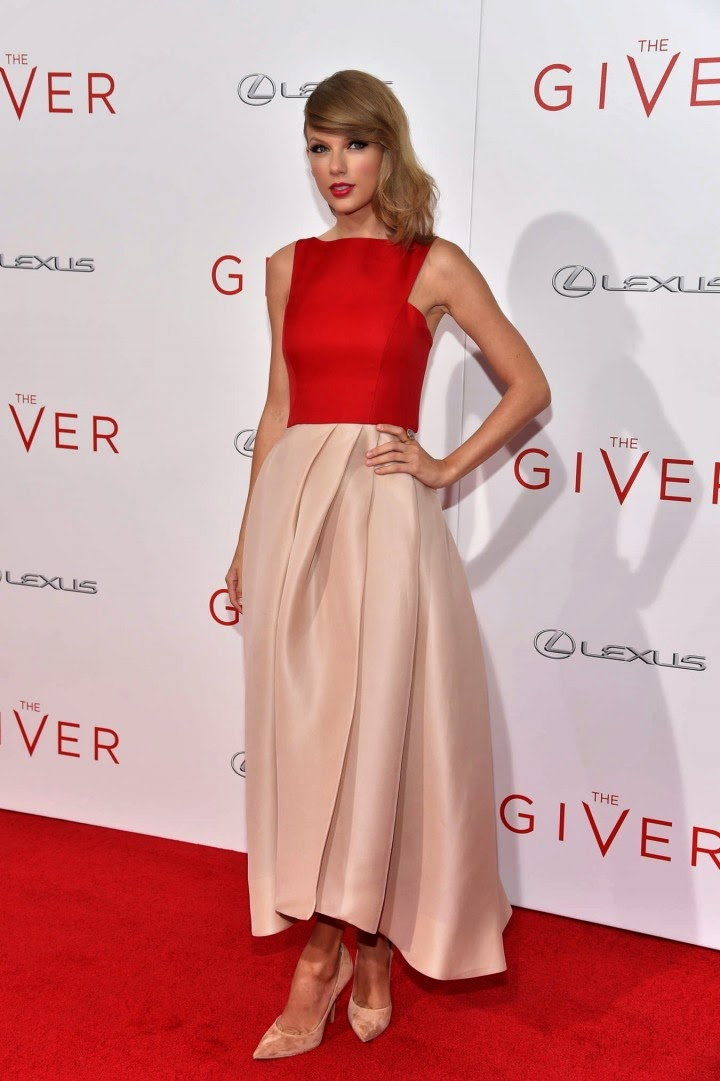 Taylor Swift is glamorous in Monique Lhuillier at 'The Giver' NYC Premiere