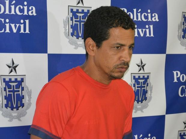 Suspeito foi preso no domingo (1º), em Vitória da Conquista (Foto: Anderson Oliveira | Blog do Anderson)