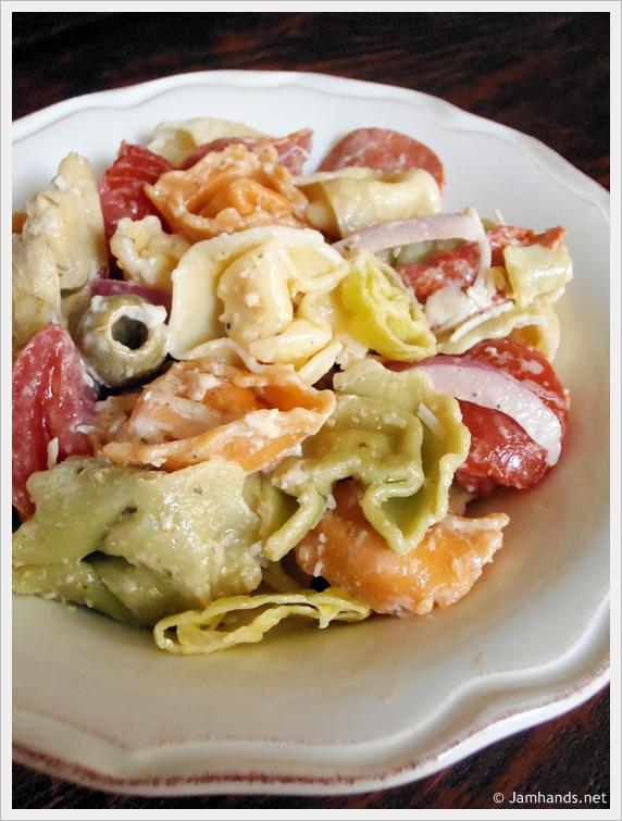 Jam Hands: Tortellini Pasta Salad