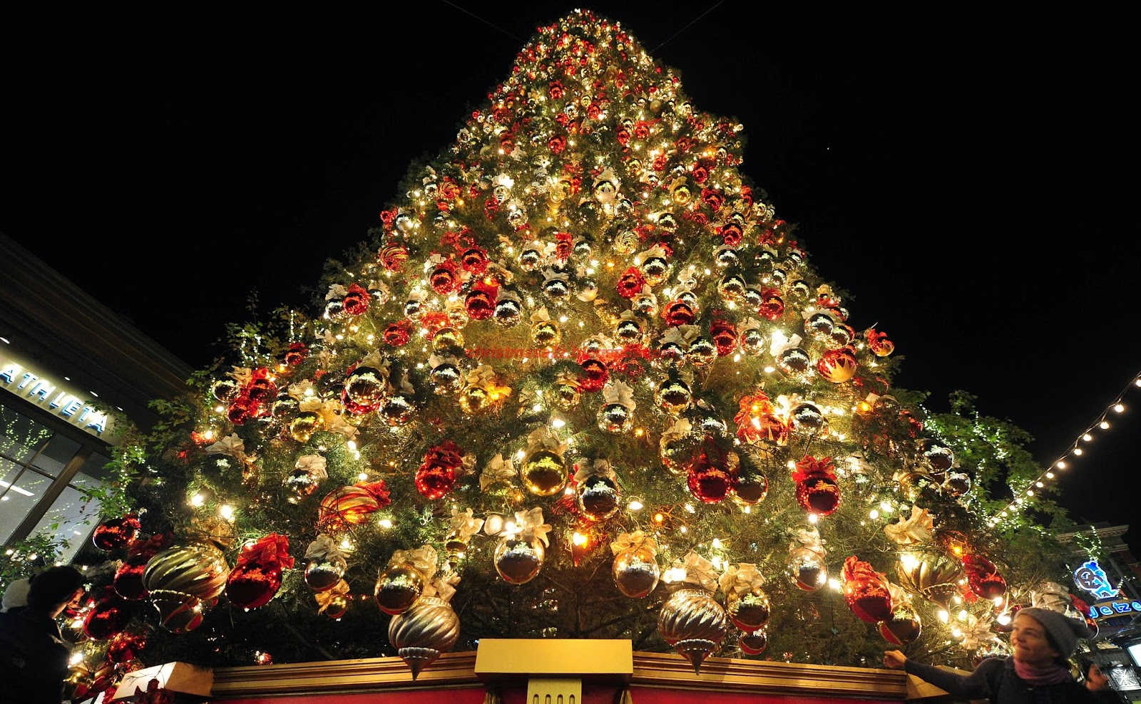 Artificial christmas trees best artificial christmas trees