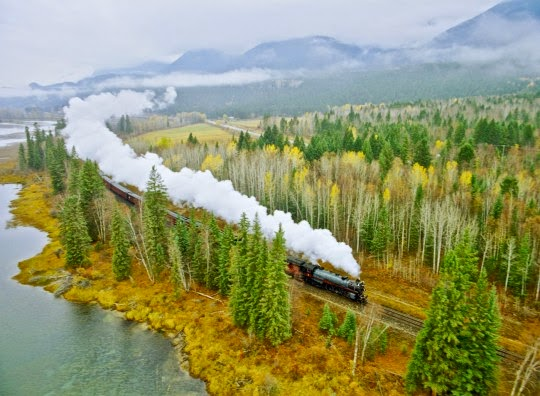 vue de paysage Rocky Mountain Express © 2012 The Stephen Low Company. All Rights Reserved