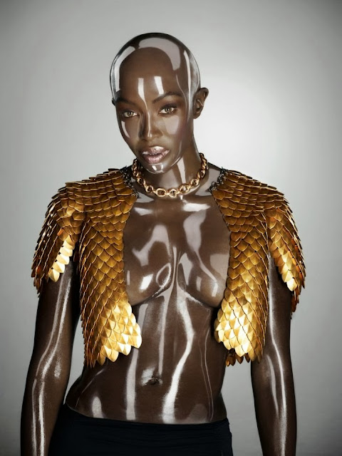 Fetish Inspirations : Naomi Campbell Shooted By Seb Janiak For Soon International Fall 2011