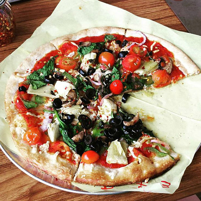 Pizza by pastrychefmallory. Visit www.forarealwoman.com  #foodie #blogger #recipe #recetas