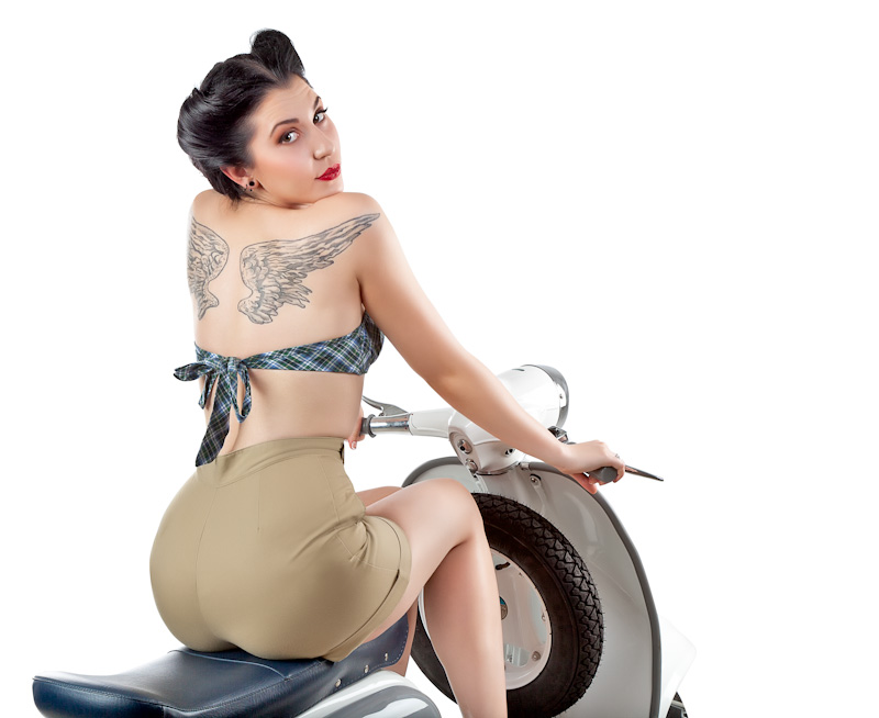 1000  images about Lambretta with Pin Up Girls on Pinterest ...