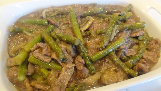 Carne com aspargo