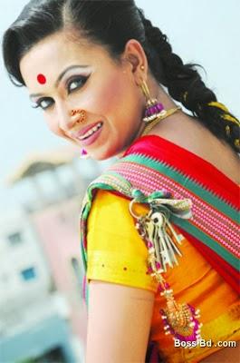 Bangladesh+Actress+Farzana+Chobi004