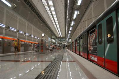 Παρατείνεται η δωρεάν μεταφορά σε λεωφορεία, τρόλεϊ, μετρό, ηλεκτρικό σιδηρόδρομο και τραμ