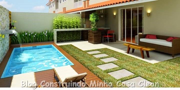 com alguns móveis, dando acesso ao quintal com piscina e jardim