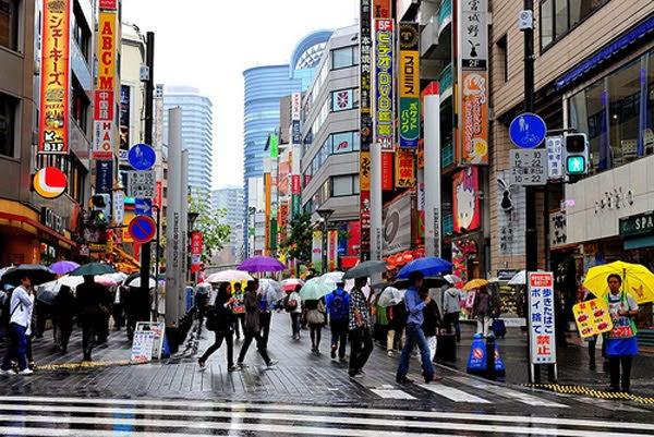 Rainly Season in Akihabara