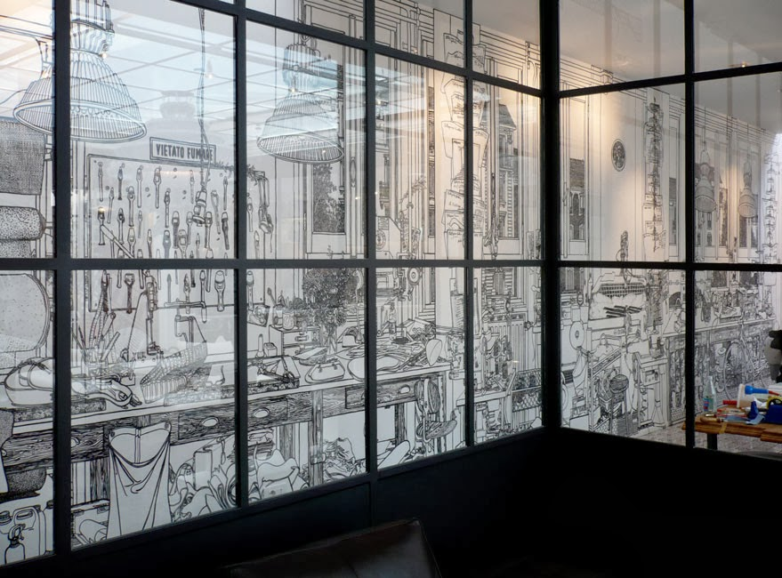 03-Artist-Charlotte-Mann-Draw-on-Walls-www-designstack-co