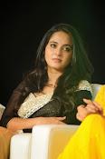 Anushka shetty glamorous photos-thumbnail-10