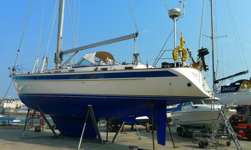 Hallberg Rassy 46 for sale- price reduction-now sold