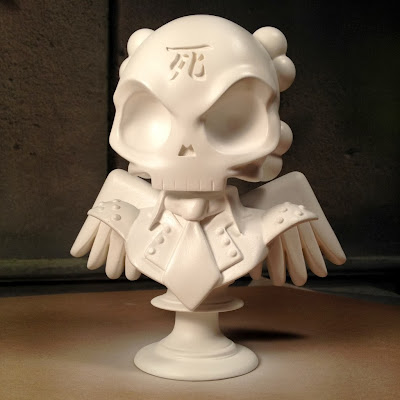 "White Skullhead 6"" Resin Bust by Huck Gee"